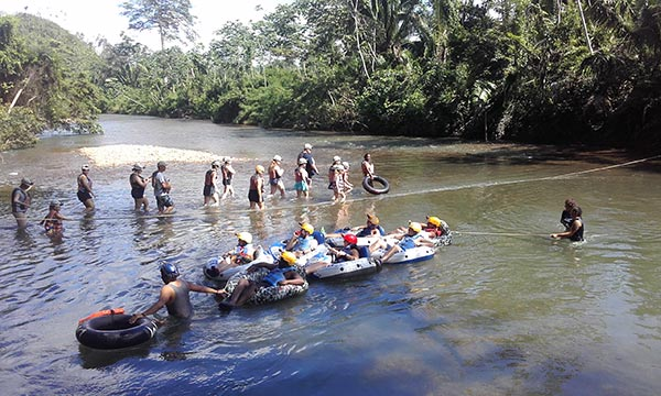 Rivertubing